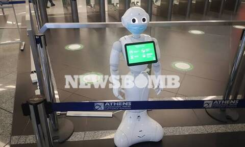 Άνοιγμα τουρισμού: Ακόμα και... ρομπότ «πέφτουν» στη μάχη κατά του κορονοϊού