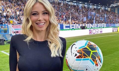 Η Diletta Leotta μαθαίνει… μπάλα στους Ιταλούς