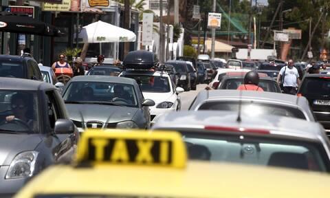 Αλλάζουν τα όρια επιβατών για ΙΧ και ταξί: Τι ισχύει για μάσκες, πρόστιμα