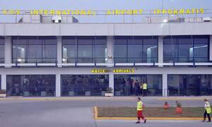 Греция встречает первых туристов