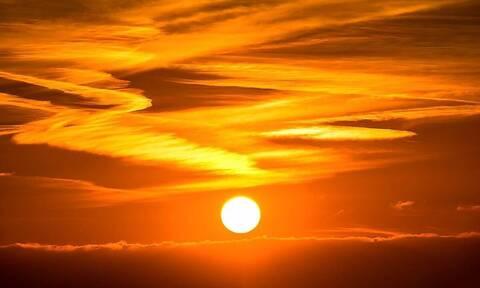 Επικό! Αυτή είναι η δραστηριότητα του ήλιου σε μία δεκαετία (vid)