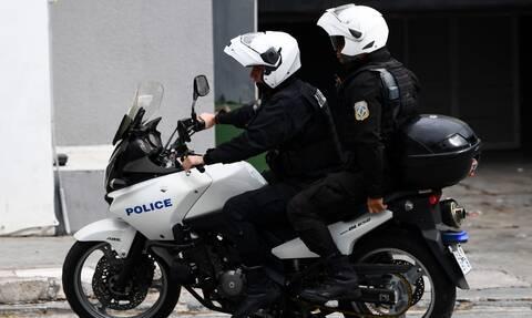 Εικόνες-σοκ στη Μυτιλήνη: Δείτε τι μετέφερε οδηγός στο αυτοκίνητό του