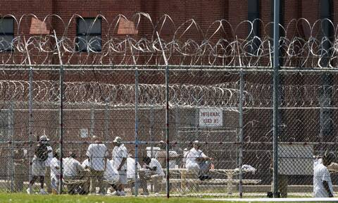 Κορονοϊός: Πάνω από 1.000 κρούσματα σε φυλακή στην Καλιφόρνια