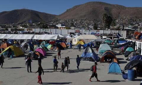 Κορονοϊός στο Μεξικό: Συναγερμός σε καταυλισμό προσφύγων στα σύνορα με τις ΗΠΑ