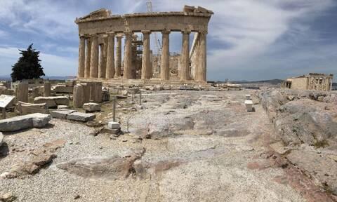 Τουρισμός: Η Ελλάδα άνοιξε τα σύνορά της - Ποιες χώρες είναι σε «καραντίνα»