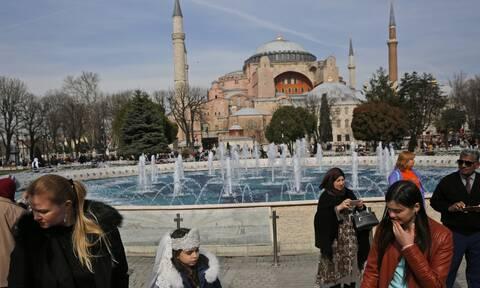 Αγία Σοφία: Αντίστροφη μέτρηση για την μετατροπή σε τζαμί – Διεθνείς αντιδράσεις