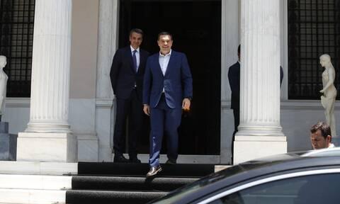 Μητσοτάκης και Τσίπρας: Αντιμέτωποι μεταξύ τους αλλά και με τα προβλήματά τους