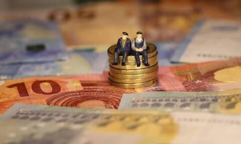 Αναδρομικά συνταξιούχων 2020: Δες αν θα πάρεις πίσω έως 16.590 ευρώ και πότε (ΠΙΝΑΚΕΣ)