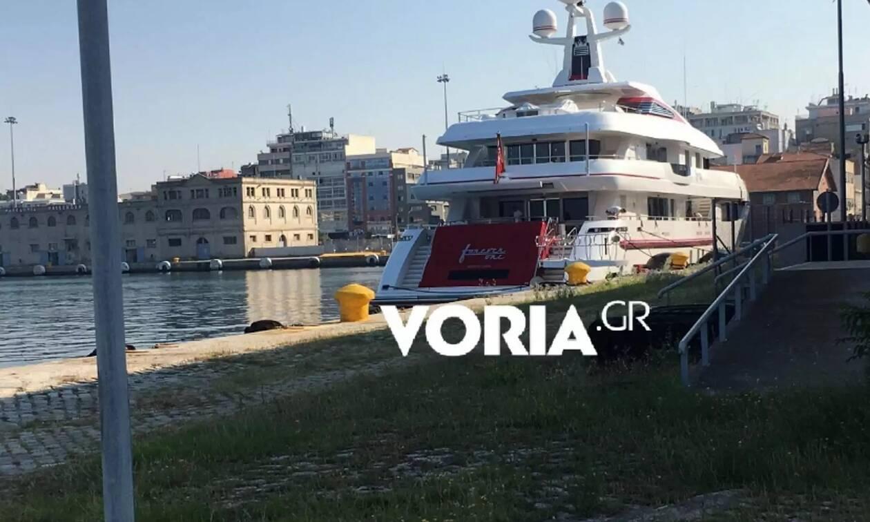 Στο λιμάνι της Θεσσαλονίκης εντυπωσιακή θαλαμηγός - Ποιος είναι ο ιδιοκτήτης της