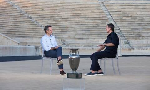 Ο Κυριακός Μητσοτάκης καλεσμένος σε εκπομπή για το Euro 2004