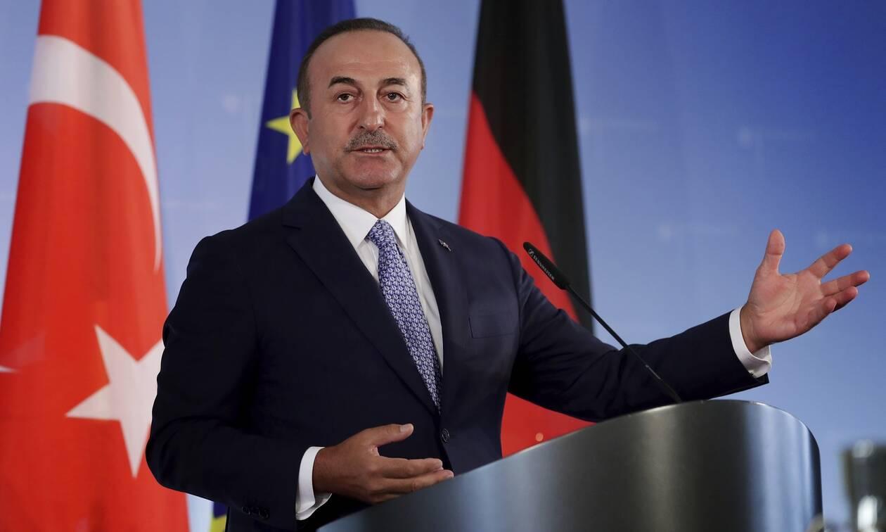 Τσαβούσογλου: Η Γαλλία πρέπει να μας ζητήσει άνευ όρων συγγνώμη
