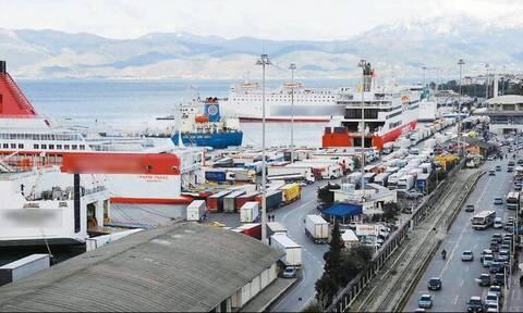 Πάτρα: Έφθασαν στο λιμάνι οι πρώτοι τουρίστες