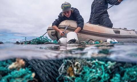 Καθαρισμός βυθού «ρεκόρ» – Πόσους τόνους πλαστικού μάζεψαν στον Ειρηνικό