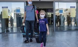 Πανικός στη Ρόδο με απευθείας πτήση από Σουηδία - Τι απαντά ο Θεοχάρης