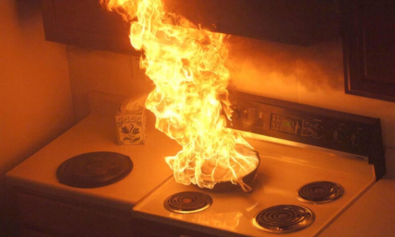 Κρήτη: Φωτιά σε διαμέρισμα στο Ηράκλειο- Απεγκλωβίστηκαν 6 άτομα
