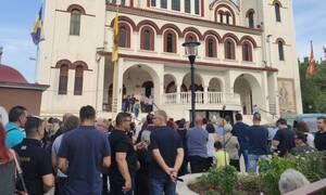Λάρισα: Θρήνος στην κηδεία του 32χρονου Μάριου - Τον αποχαιρέτησαν με τραγούδια