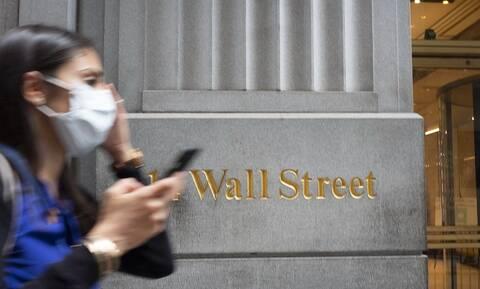 Άνοδος στη Wall Street - Νέο ρεκόρ για Nasdaq