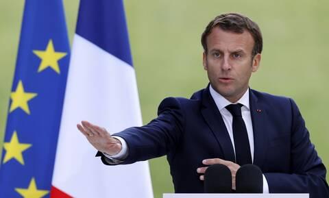 Γαλλία: Ο Μακρόν θα προχωρήσει σε ανασχηματισμό με «μια νέα ομάδα»