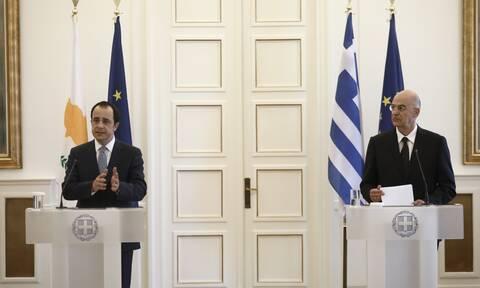 Δένδιας: Η προκλητικότητα της Τουρκίας προσβάλλει τις αρχές της ΕΕ