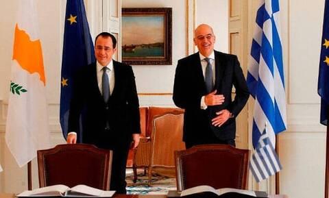 Συνάντηση Χριστοδουλίδη - Δένδια για τις τουρκικές προκλήσεις