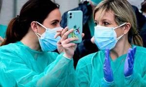 Мурашко заявил, что РФ вернется к нормальной жизни после пандемии не раньше февраля
