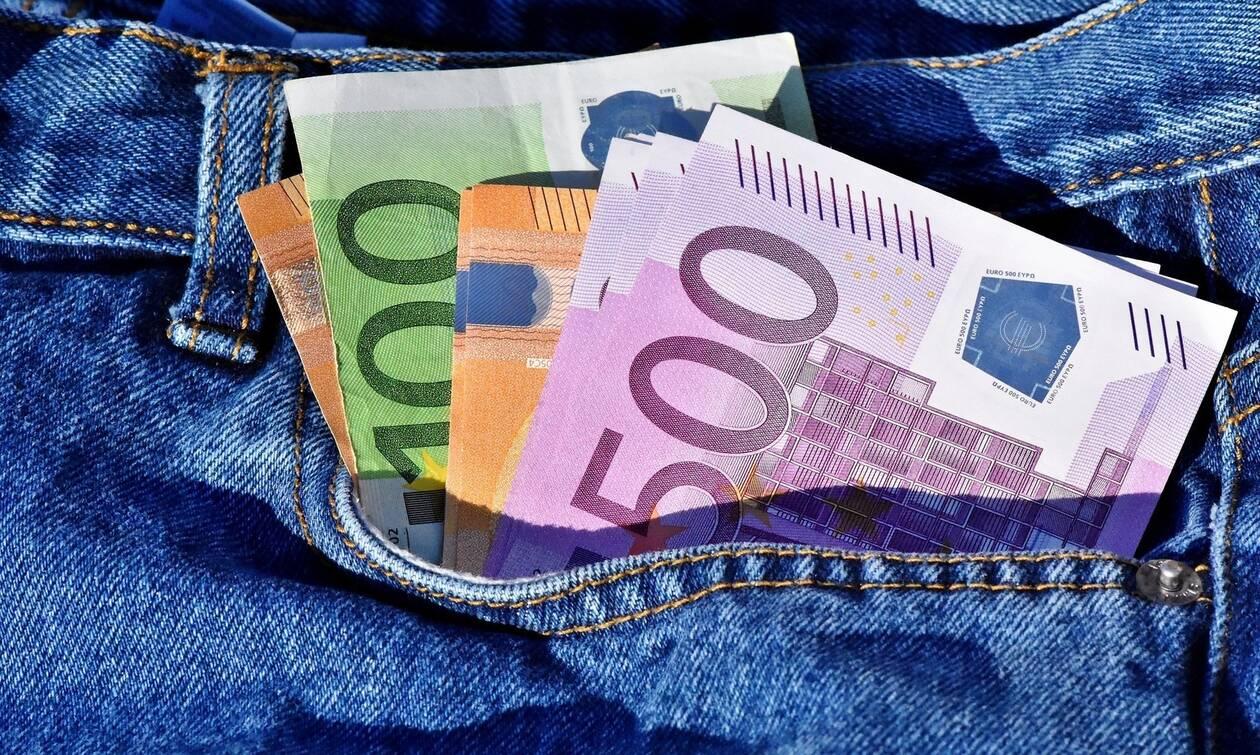 Επιστροφή φόρου: Πότε θα μπουν λεφτά στο λογαριασμό