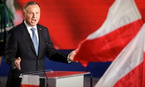 Ο απερχόμενος πρόεδρος Ντούντα κατηγορεί την Γερμανία για ανάμιξη στις πολωνικές εκλογές