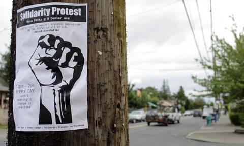 Κολοράντο: Απολύθηκαν οι αστυνομικοί που χλεύαζαν τον θάνατο νεαρού Αφρικοαμερικανού