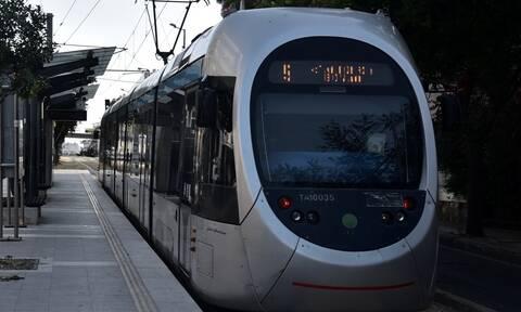 Παλαιό Φάληρο: Ανήλικος το έσκασε από καμπ για να πάει βόλτα με το τραμ