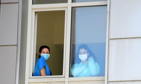Κορονοϊός: 25 νέα κρούσματα στην Ελλάδα - Πόσοι τουρίστες βρέθηκαν θετικοί