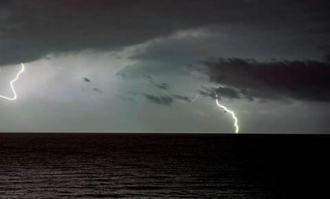 Καιρός: Προσοχή! Ισχυρές καταιγίδες τις επόμενες ώρες - Ποιες περιοχές θα πληγούν