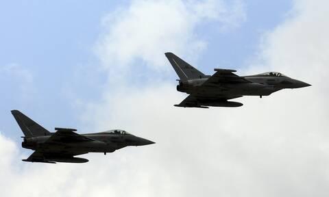 Ένταση στη Λιβύη: Ο Σάρατζ καταγγέλλει αεροπορικές επιδρομές «ξένων» αεροσκαφών