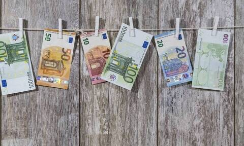 Επίδομα 534 ευρώ: Πότε και πόσα χρήματα θα λάβουν οι εργαζόμενοι σε αναστολή τον Μάιο