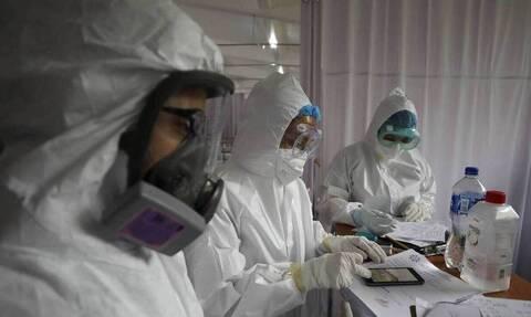 Κορoνοϊός – Επικεφαλής FDA: Δεν μπορώ να προβλέψω πότε θα έχουμε το εμβόλιο