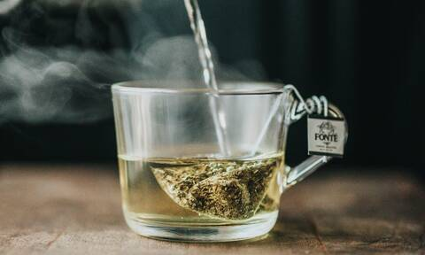 4 super οφέλη που έχει το πράσινο τσάι για την υγεία σου