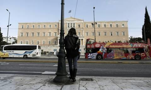 Αύξηση της μέσης ανεργίας «βλέπει» ο ΟΟΣΑ - Δυσοίωνη πρόβλεψη για την Ελλάδα