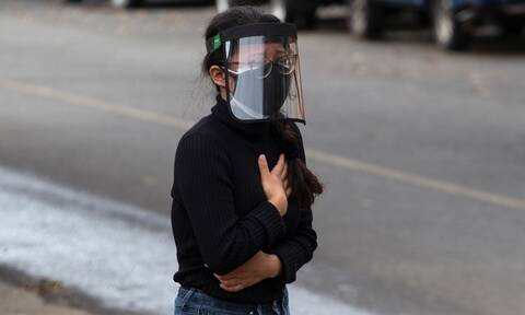 Κορονοϊός: Συναγερμός από τον ΠΟΥ - Η πανδημία επιταχύνεται