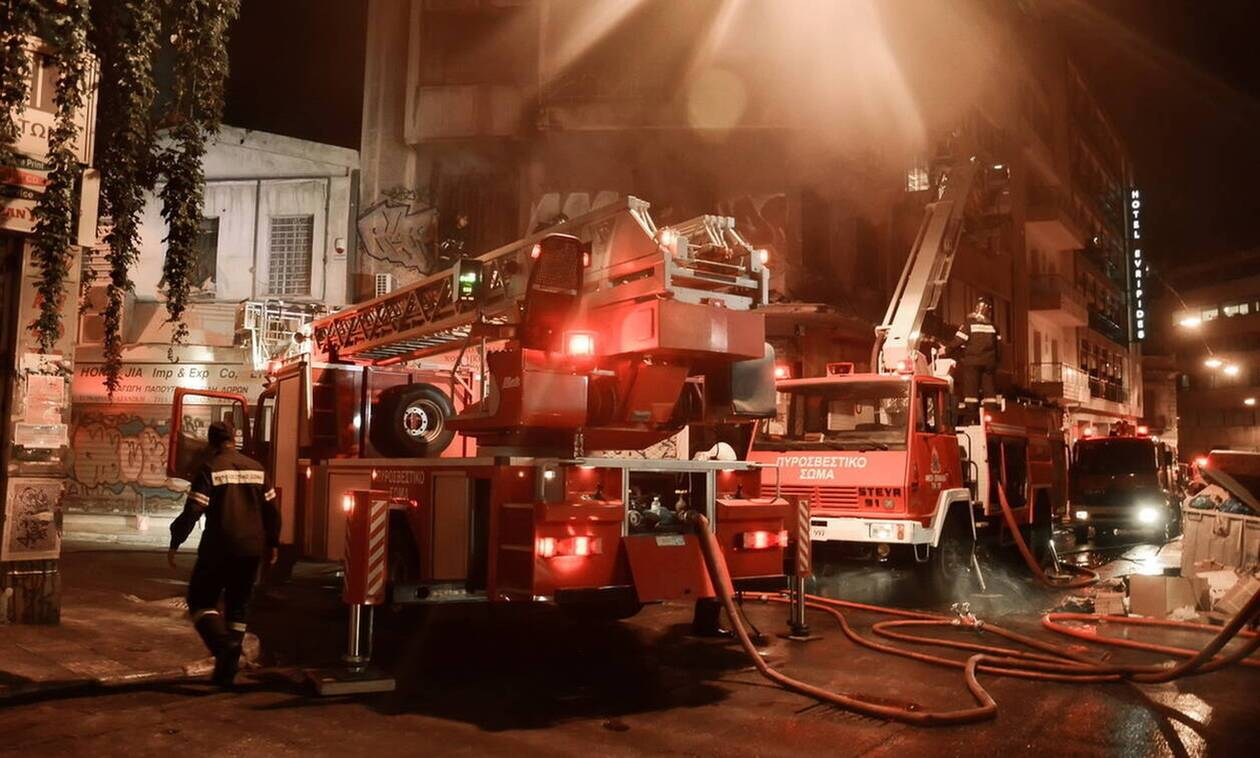 Φωτιά στην Αθήνα: Στις φλόγες διαμέρισμα στη Νέα Κυψέλη