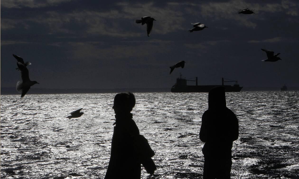 Δυσοίωνες προβλέψεις για την οικονομία: Τι «βλέπουν» Κομισιόν και Grant Thornton