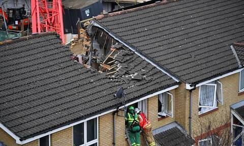 Λονδίνο: Ένας νεκρός και τέσσερις τραυματίες μετά την κατάρρευση γερανού