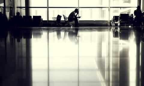 Εγκλωβισμένος 110 μέρες στο αεροδρόμιο λόγω κορονοϊού! (video)