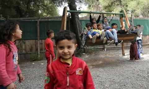 Πρόγραμμα «Υγεία για Όλους»:  Εμβολιάστηκαν 359 παιδιά προσφύγων και Ρομά