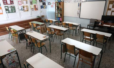 Σφοδρή πολιτική αντιπαράθεση για τα σχολεία: Πώς απαντά η ΝΔ στον ΣΥΡΙΖΑ