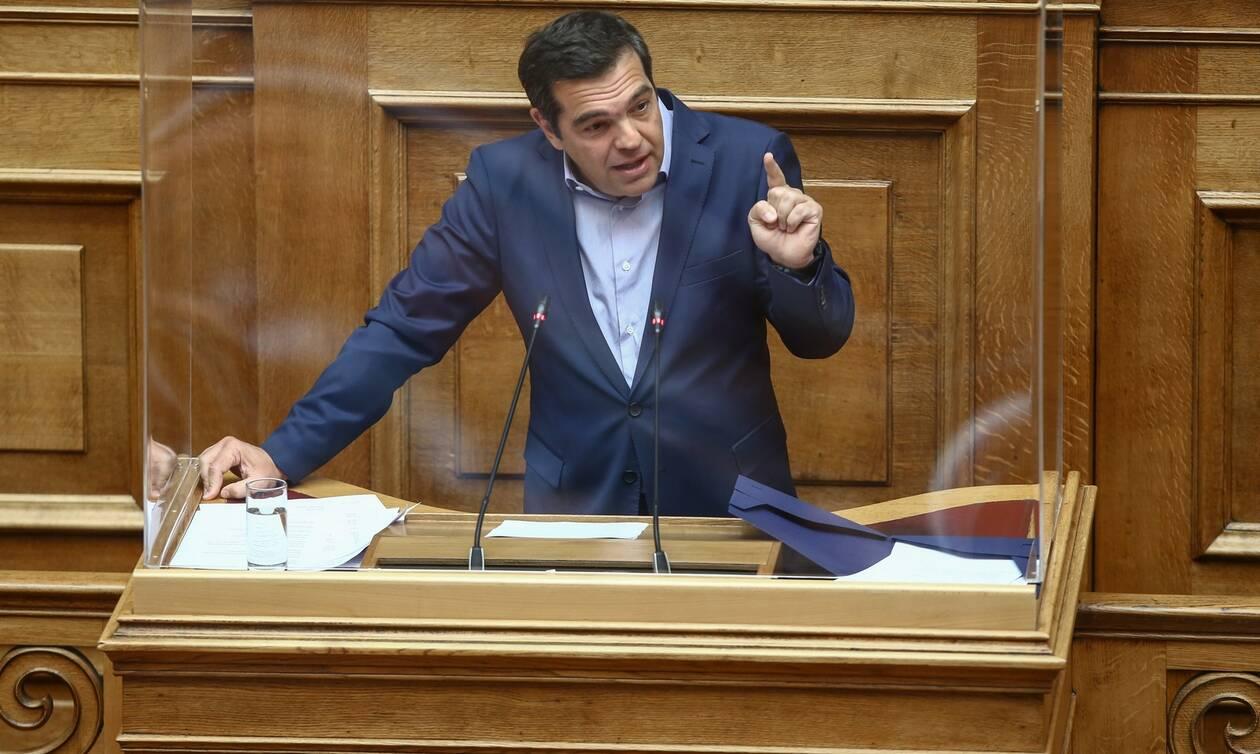 LIVE: Η ομιλία του Αλέξη Τσίπρα στη Βουλή για τις διαδηλώσεις