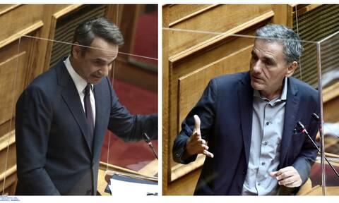 Βουλή - Σκοτώθηκαν με το… γάντι Μητσοτάκης-Τσακαλώτος: Ο Ντουόρκιν, ο ενικός και τα συγχαρητήρια