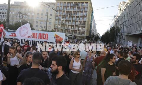 Συλλαλητήριο κατά του νομοσχεδίου για τις διαδηλώσεις στο κέντρο της Αθήνας