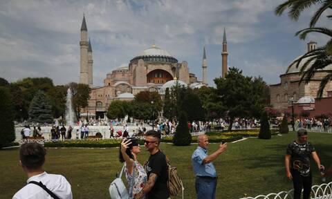 Αγία Σοφία: Σήμερα κρίνεται το μέλλον της  - «Χαστούκι» στον Ερντογάν από την Unesco