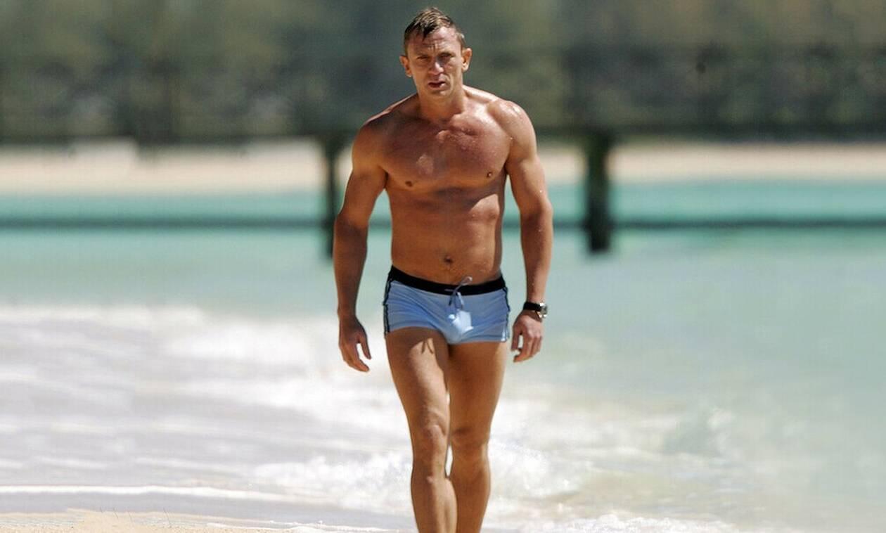 «Με τι μαγιό να σκάσω στην παραλία μετά από τόσο γυμναστήριο;»