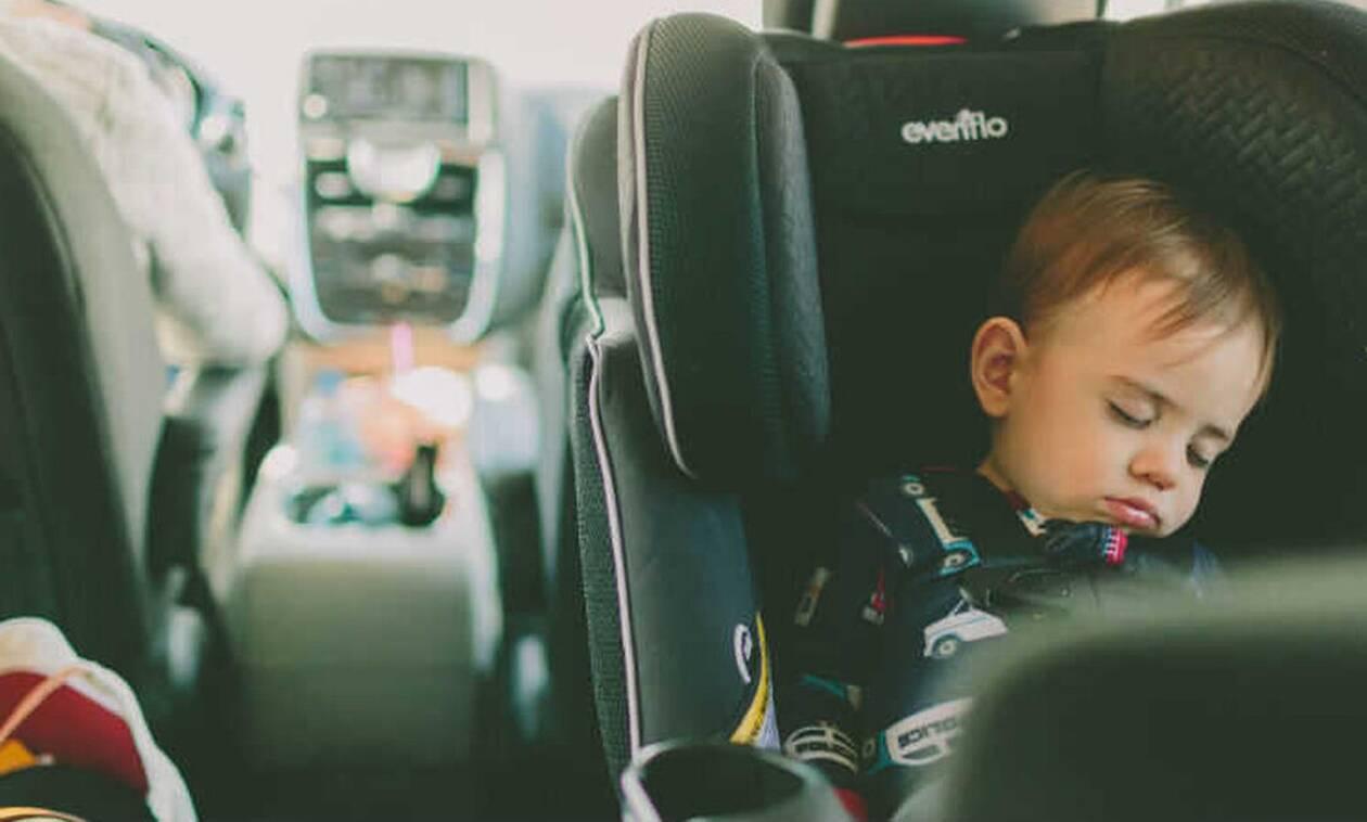 Πόσο ισχύει: Γιατί τα μωρά νανουρίζονται μέσα στο αυτοκίνητο;