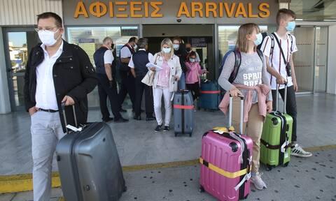 Κορονοϊός - Και νέα εισαγόμενα κρούσματα: Θετικοί επτά τουρίστες στην Εύβοια